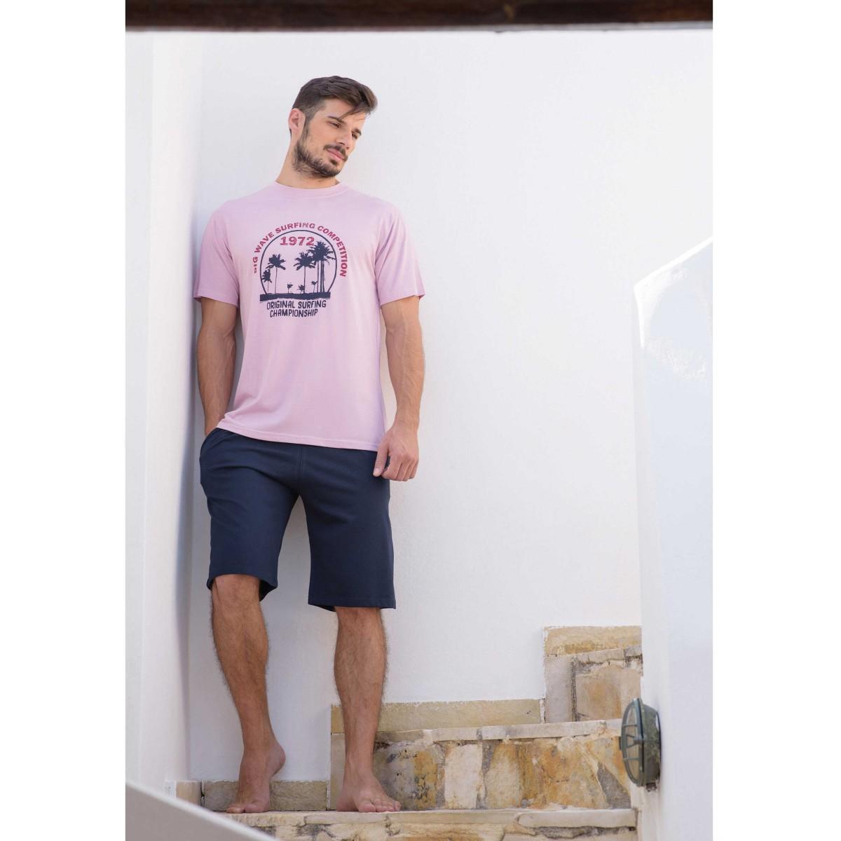 254f518d0a2 Ανδρική Βαμβακερή Πυτζάμα με μονόχρωμη μπλέ βερμούδα και λιλά μπλουζάκι με  ...